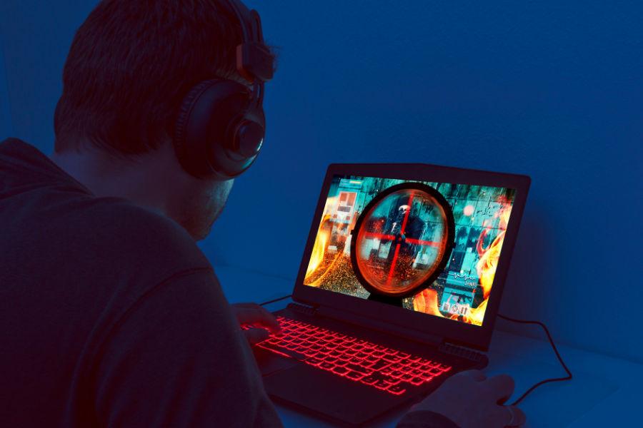 8 Best 4K Gaming Laptops USA 2021